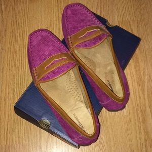Womens loafer style shoes